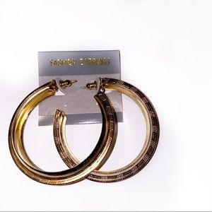 NWT Gold Hoops Fashion Jewelry Lightweight Glam